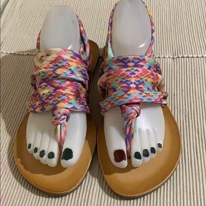 Dirty Laundry Multi Color Stretchy Sandals New